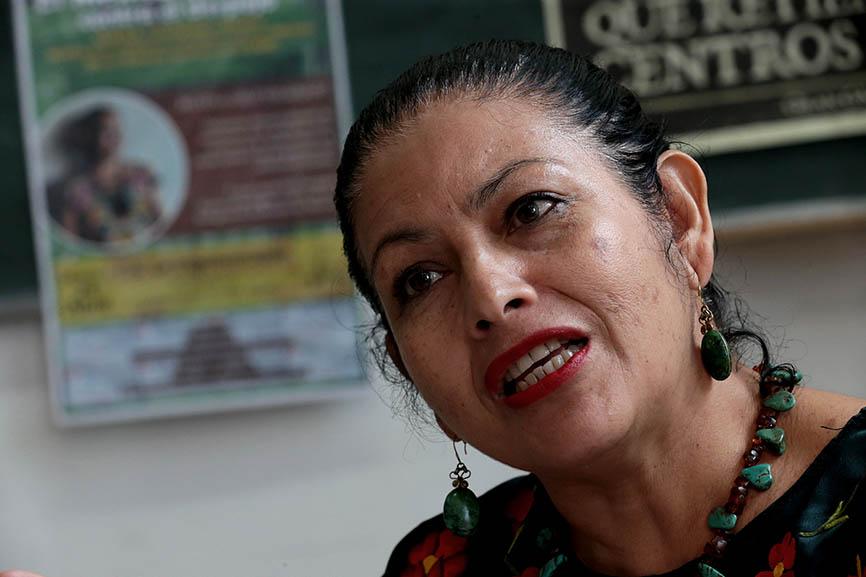 "Bettina Cruz: ""Eólicas españolas desplazan a indígenas en México"""