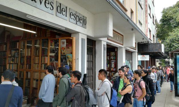 El día en el que los mexicanos hicieron fila para rescatar sus libros