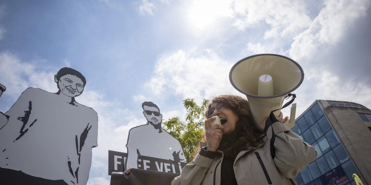 El retroceso de la libertad de expresión en España y México