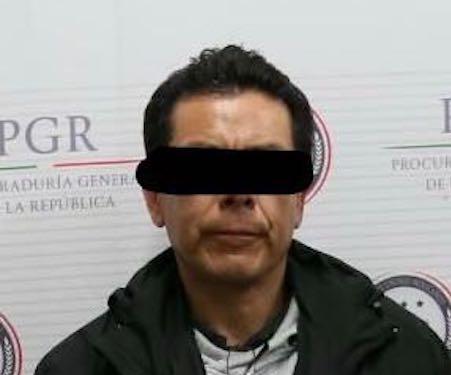 España deporta a México al presunto prestanombres de Duarte