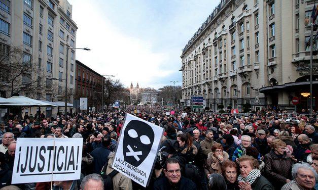 ¿Por qué los jubilados españoles protestan y llenan las calles?