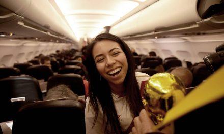 La Copa del Mundo llega en avión a Rusia
