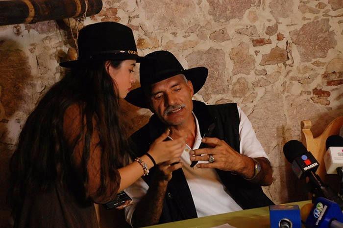 Mireles amaga con denunciar a EPN, Osorio Chong y al Estado ante La Haya