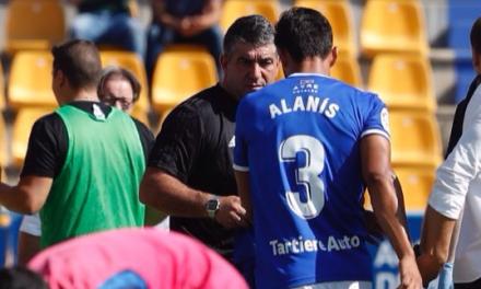 Amargo debut de Alanís con el Real Oviedo