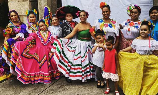 Así dieron el Grito mexicanos en Barcelona, Vigo, Sevilla y Cádiz
