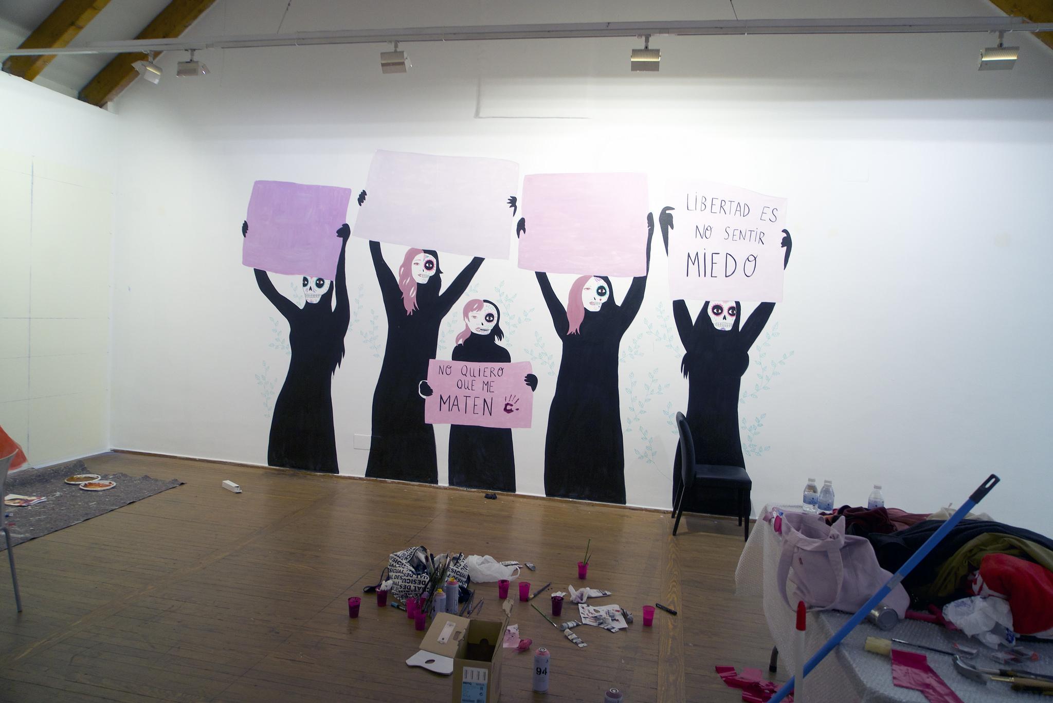 'Ni una más', la obra de María Hesse y Rebeca Khamlichi (España). Imagen: Casa de América