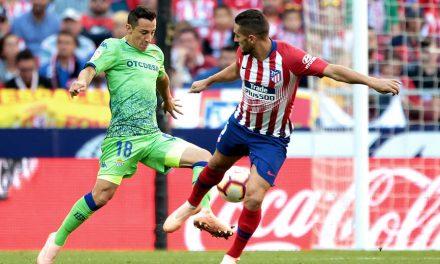 Andrés Guardado se lesiona y su Betis pierde contra el Atlético de Madrid
