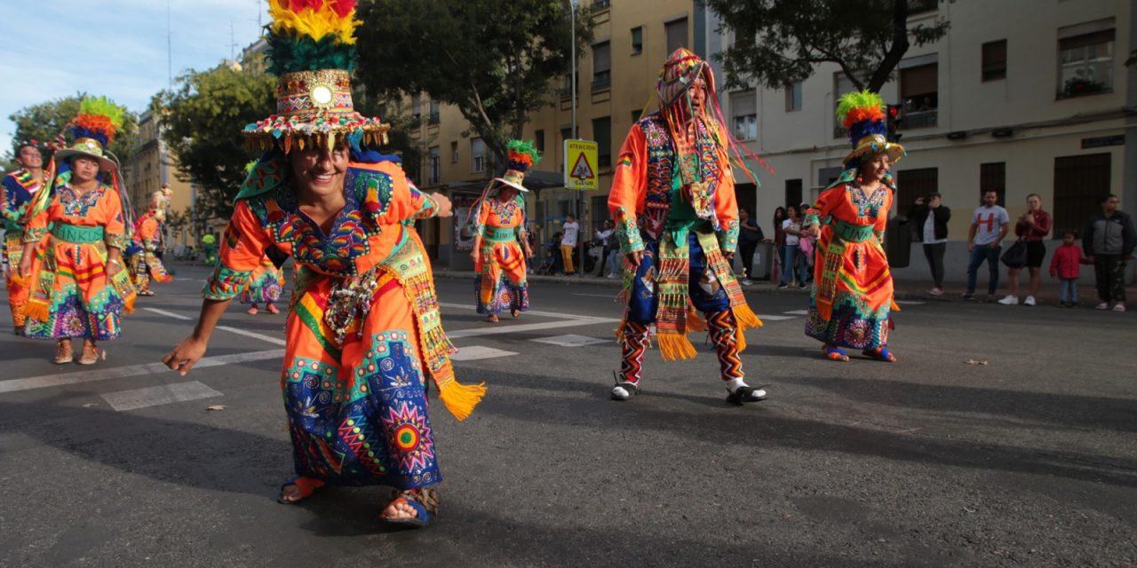 Otra mirada al 12-O: desfile latinoamericano en Madrid