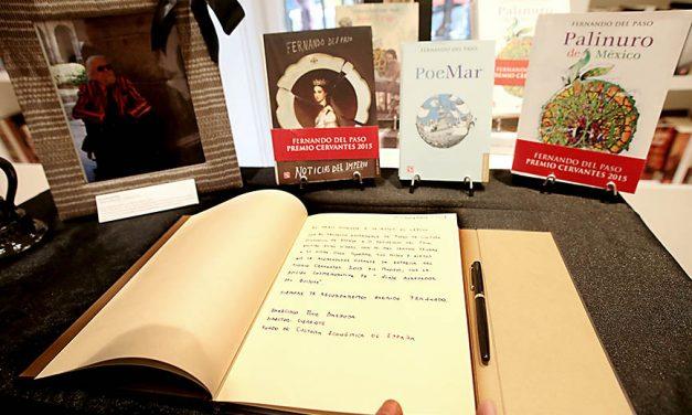 Libro de condolencias y homenaje a Fernando del Paso en Madrid