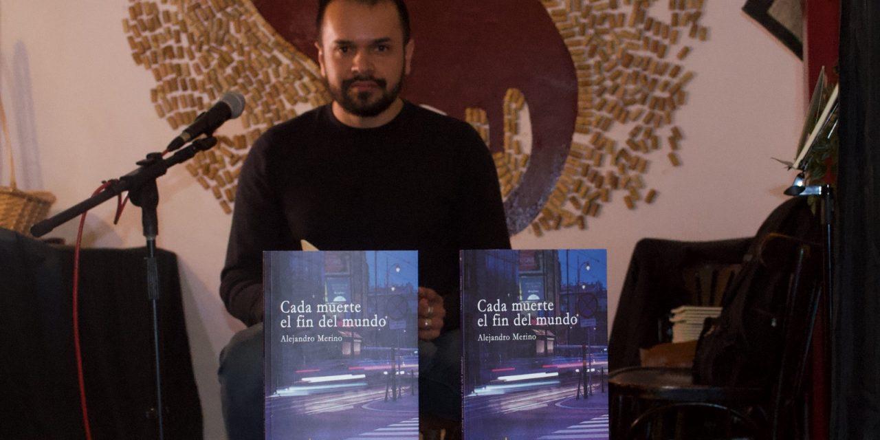 Poeta que dispara contra la impunidad de México desde Crakovia