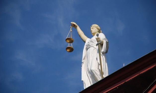 Tribunales privados de arbitraje, un expolio