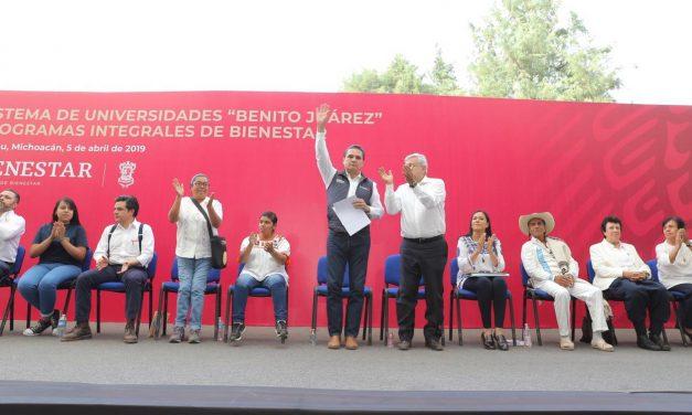 AMLO pone en marcha universidades para el bienestar en Michoacán