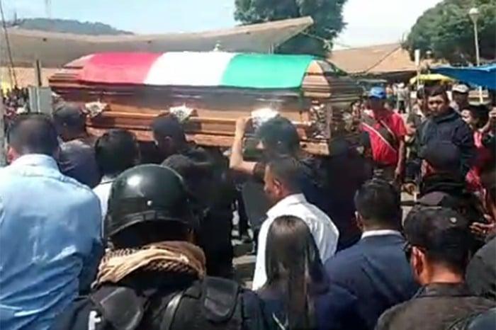 Cortejo fúnebre de David Otlica