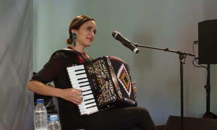 Julieta Venegas en España: entradas agotadas para su versión más íntima y acústica