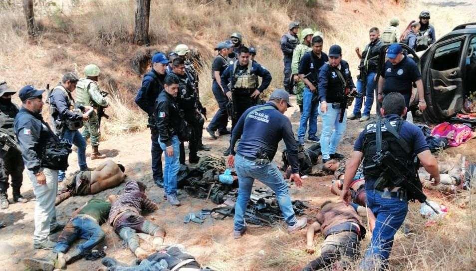 Emboscada mata a diez personas en Uruapan, según Fiscalía