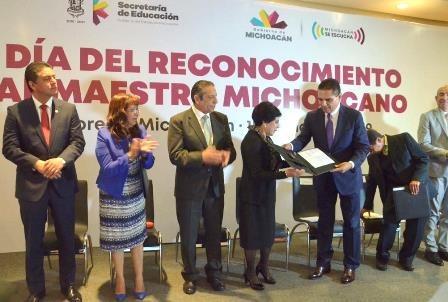 Déficit para pagar la educación en Michoacán ante el comienzo de la reforma educativa