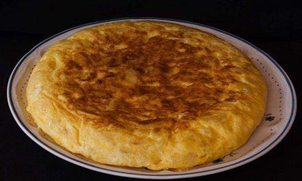 Tortilla de patata: ¿con cebolla o sin cebolla?
