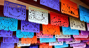 Papel picado, tradición poblana para las festividades mexicanas