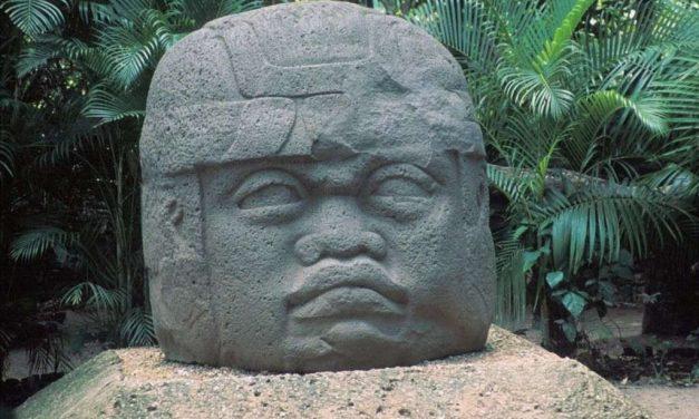 Cabezas olmecas: colosal vestigio de la 'cultura madre'