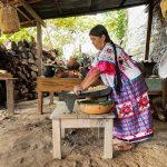 Atole, la comida que los españoles convirtieron en bebida