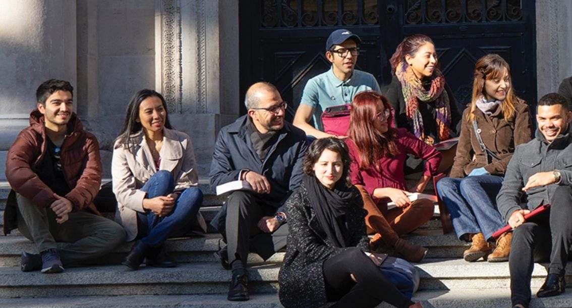 Estudiar un posgrado en España con una beca de la Fundación Carolina