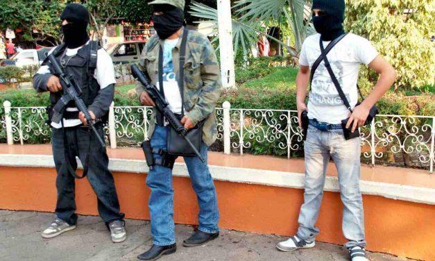 Vuelven las autodefensas a Michoacán
