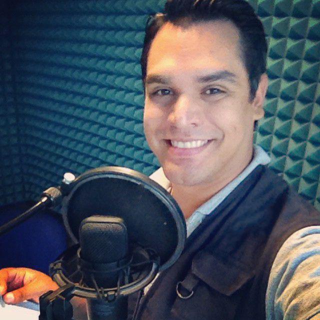 Héctor Saavedra - Periodista mexicano