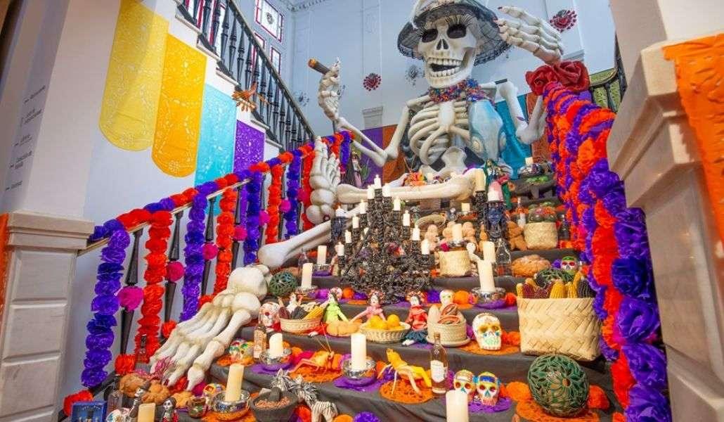 Altar del Dia de muertos en Casa de México en España