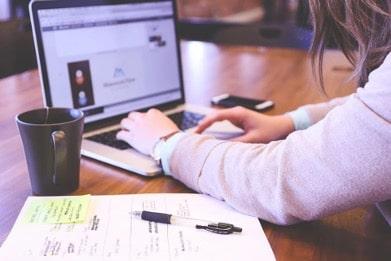 Los empleados con mejor tecnología optimizan su rendimiento en el trabajo