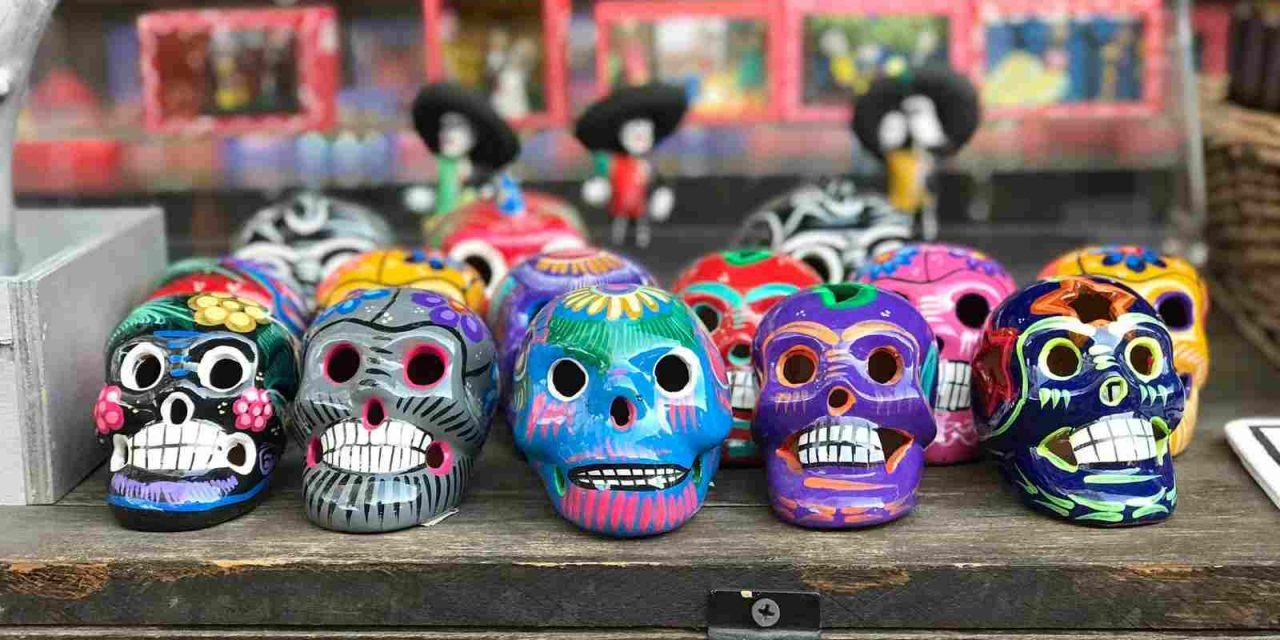 Ruta de altares para un Día de Muertos especial en España