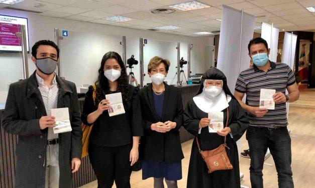 Mexicanos en España podrán sacar su pasaporte el mismo día de su cita en la Embajada